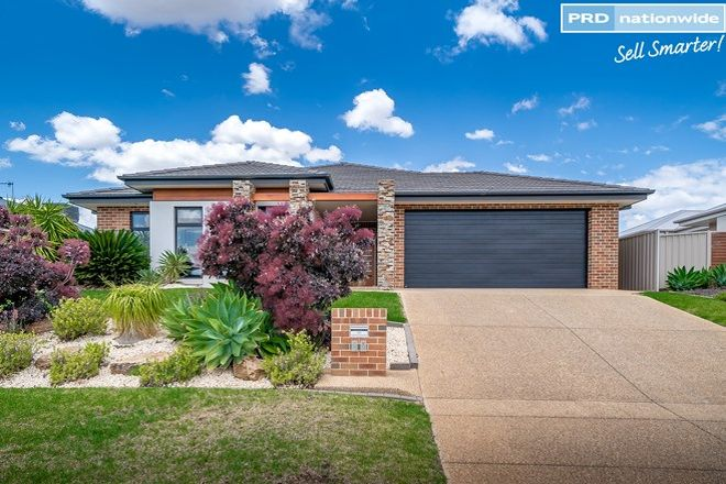Picture of 21 Osterley Street, BOURKELANDS NSW 2650