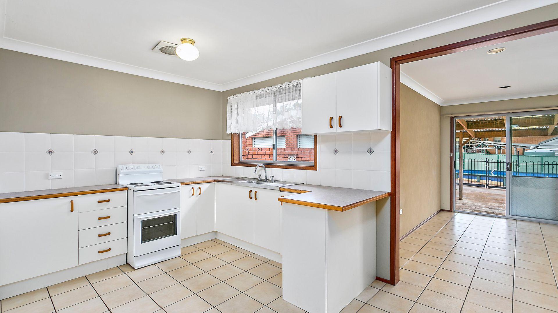 4 Aitken Close, Albion Park NSW 2527, Image 2