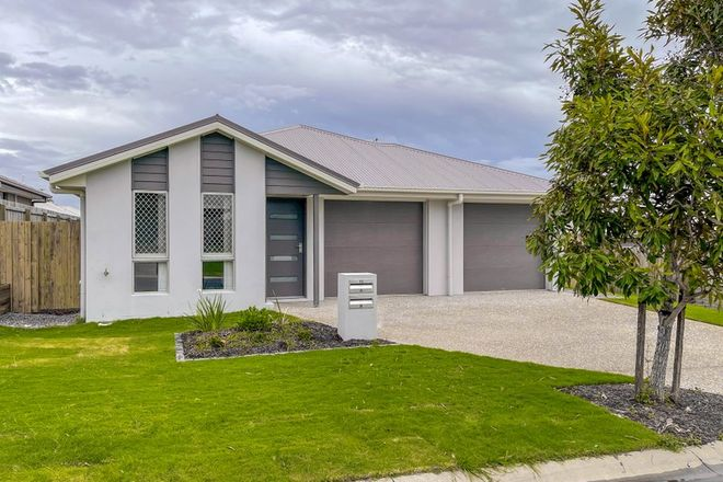 Picture of 2/12 Kenny Street, MORAYFIELD QLD 4506
