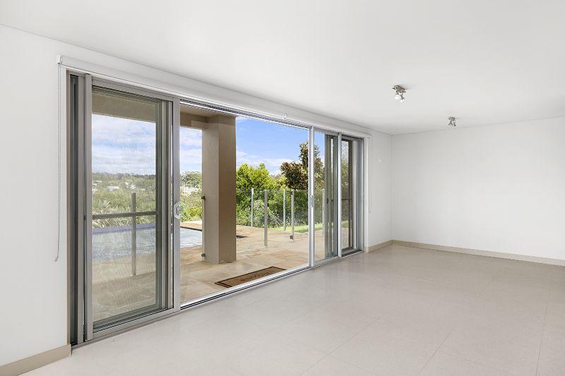 73 Ingleside Road (Lower Duplex), Ingleside NSW 2101, Image 2