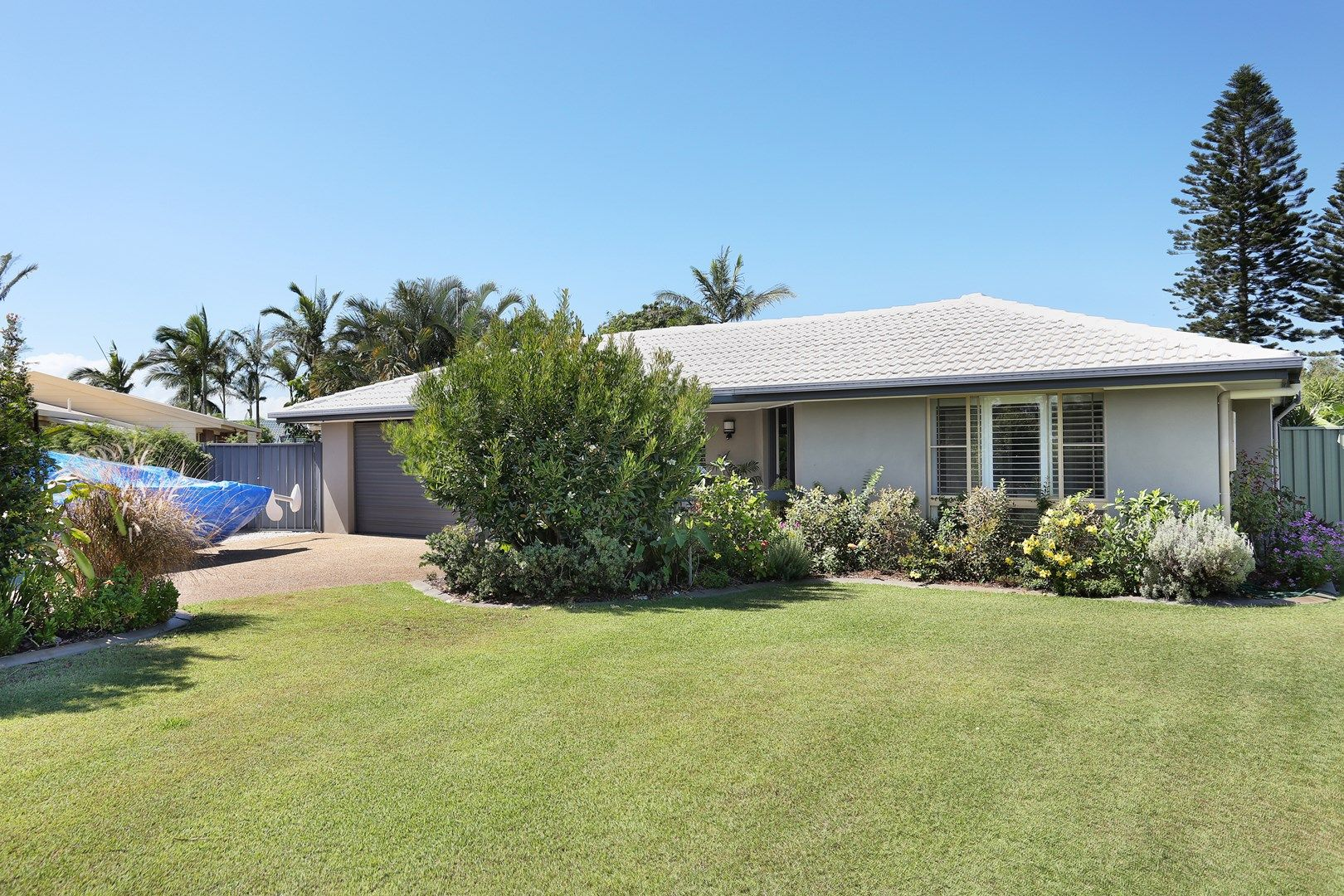 9 Hibiscus Court, Bongaree QLD 4507, Image 0