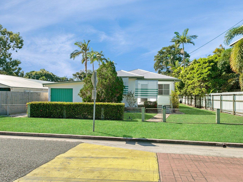 8 Olive Street, Manoora QLD 4870, Image 1