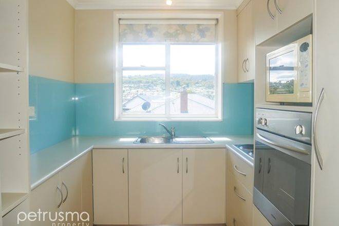 Picture of 2/10 Lincoln Street, LINDISFARNE TAS 7015