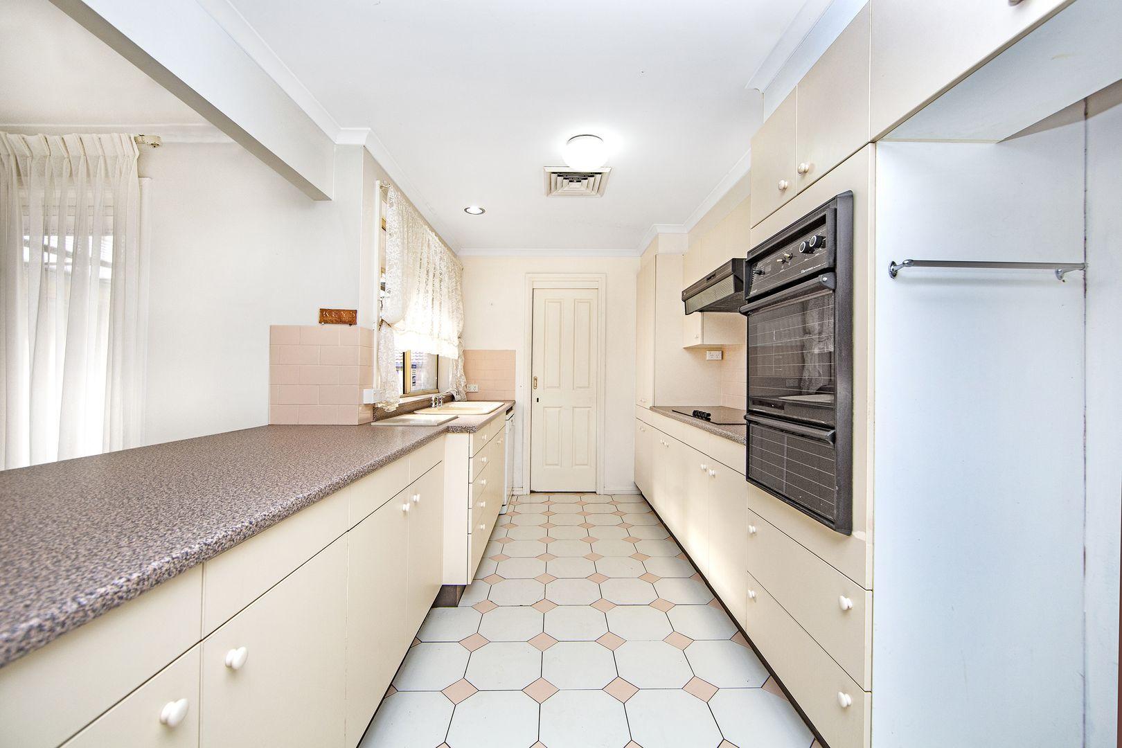11 Derwent Drive, Lake Haven NSW 2263, Image 1