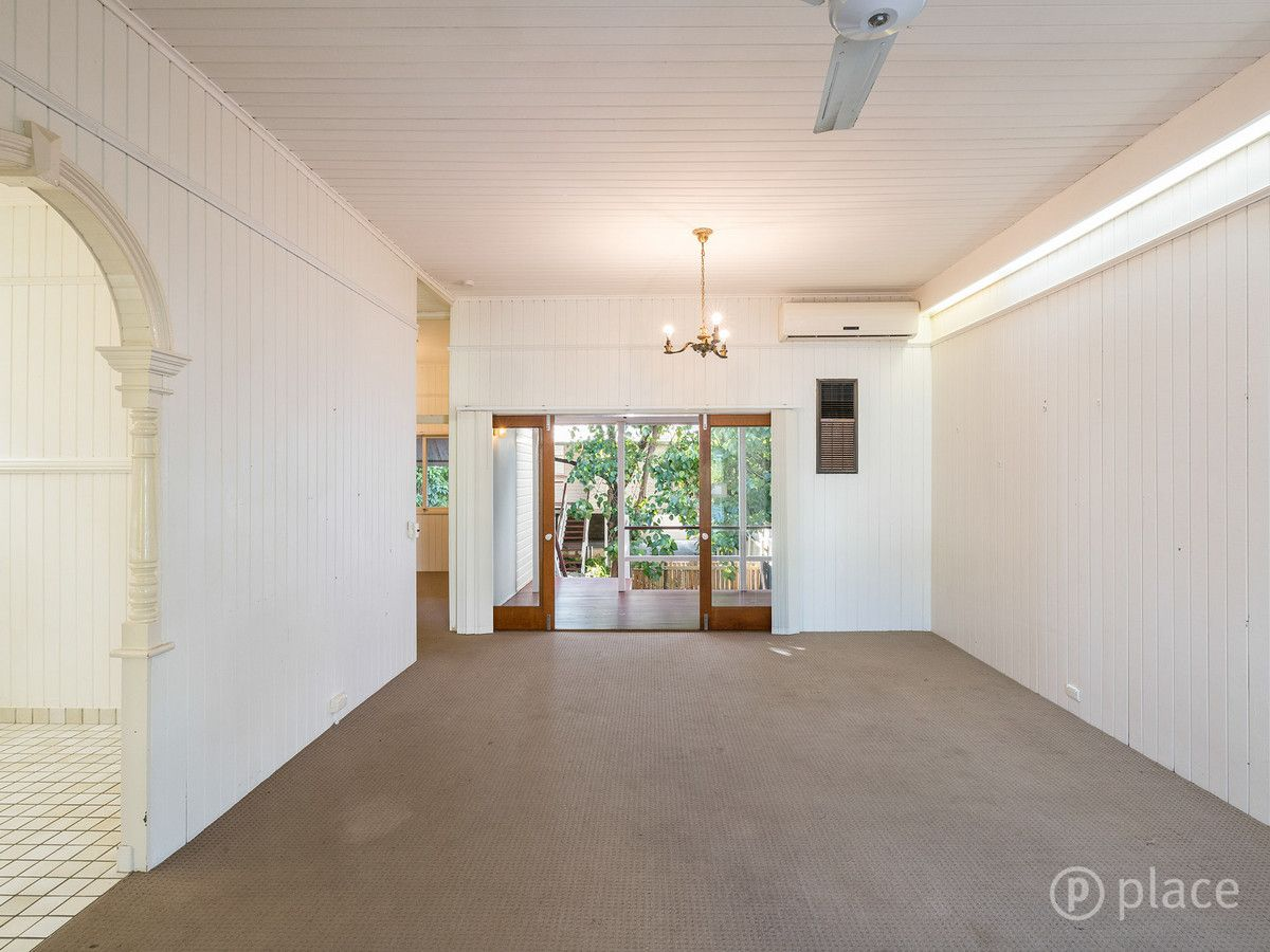 125 Fortescue Street, Spring Hill QLD 4000, Image 2