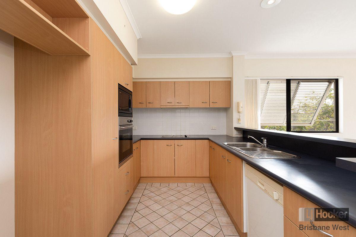 9/110 Indooroopilly Road, Taringa QLD 4068, Image 0