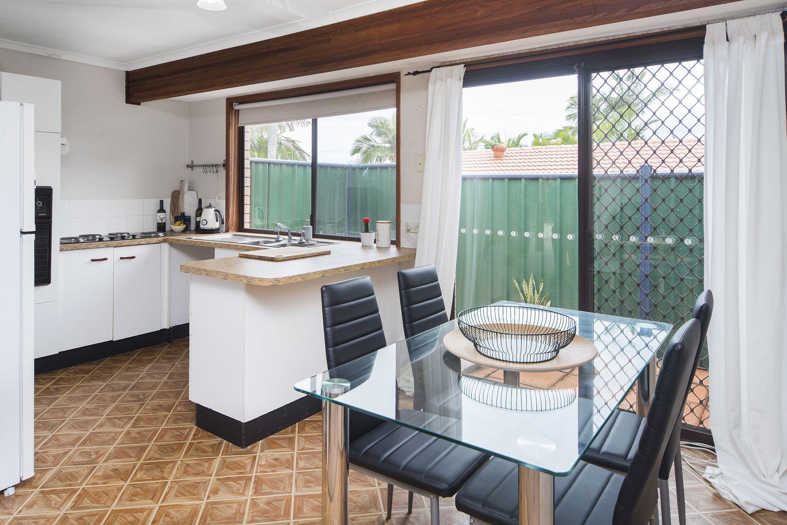15/13 Cannington Place, Helensvale QLD 4212, Image 2