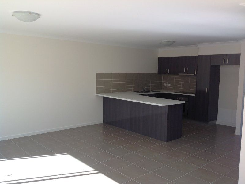 2/8 East Street, Kingston QLD 4114, Image 2