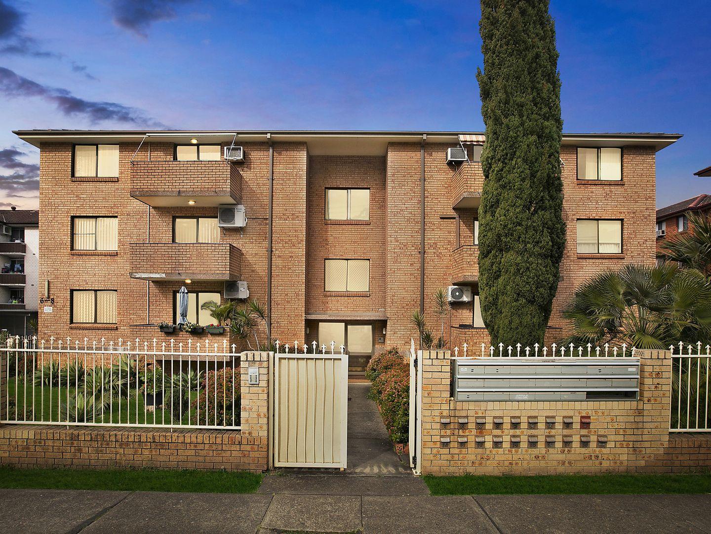 15/6 Forbes Street, Warwick Farm NSW 2170, Image 0