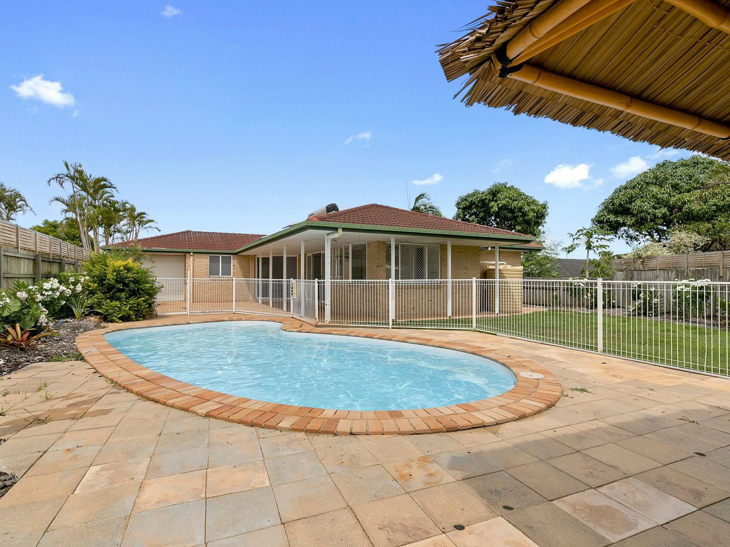 4 Moray Close, Manly West QLD 4179, Image 0