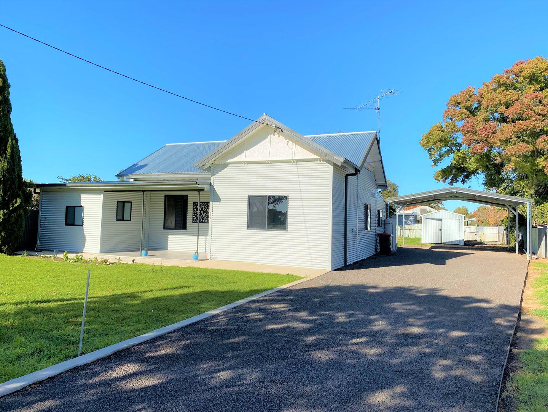 21 Moppett Street, Hay NSW 21  Domain
