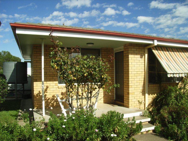 2/117 Petra Avenue, Tamworth NSW 2340, Image 0