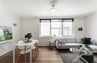 Picture of 6/20 Marine Parade, St Kilda VIC 3182