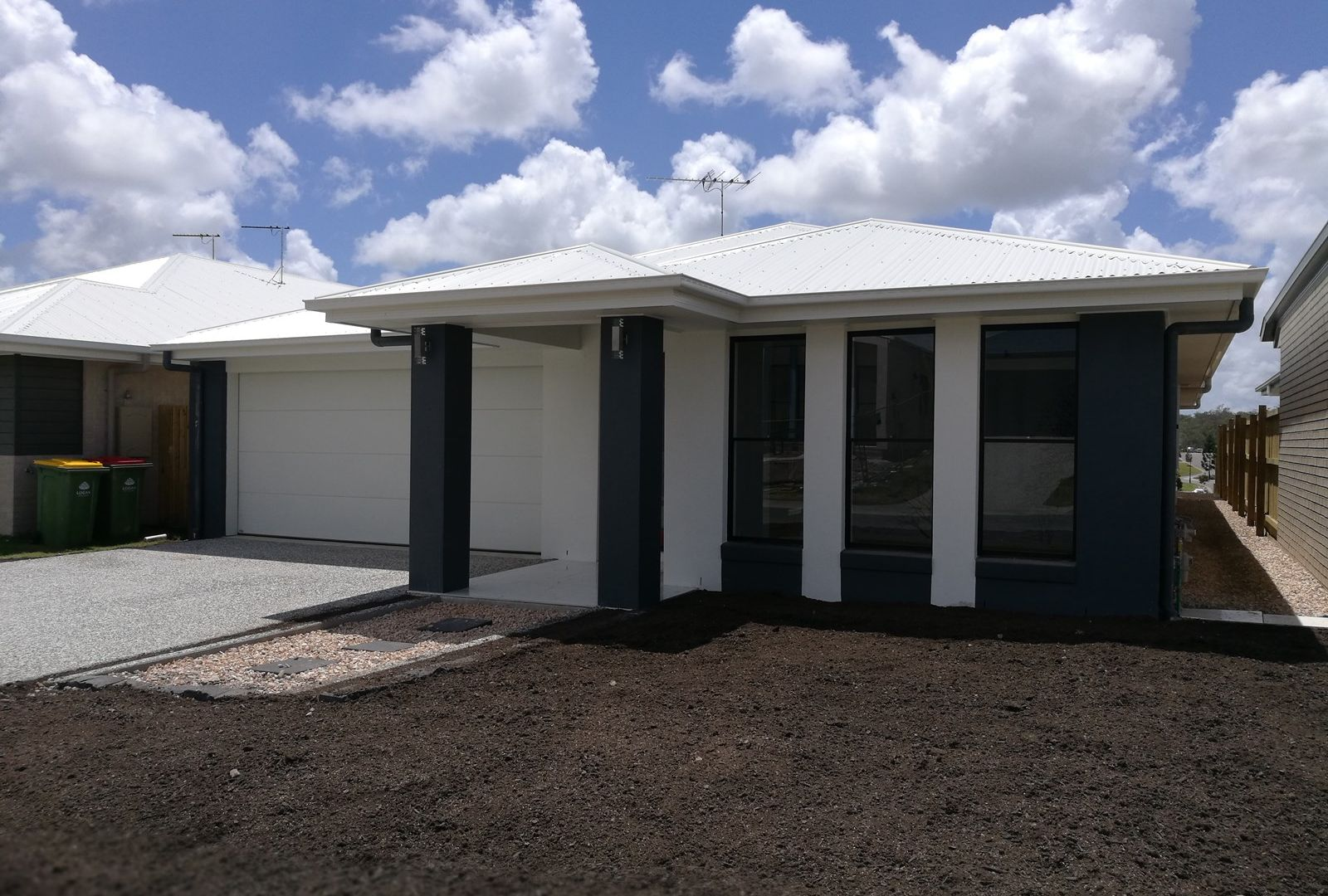 18 Vargon Cct, Holmview QLD 4207, Image 1