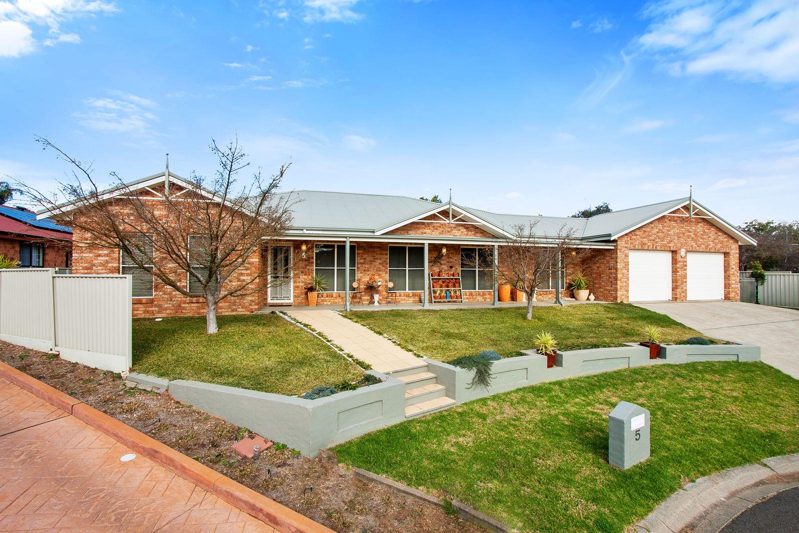 5 Melaleuca Close, Tamworth NSW 2340, Image 0