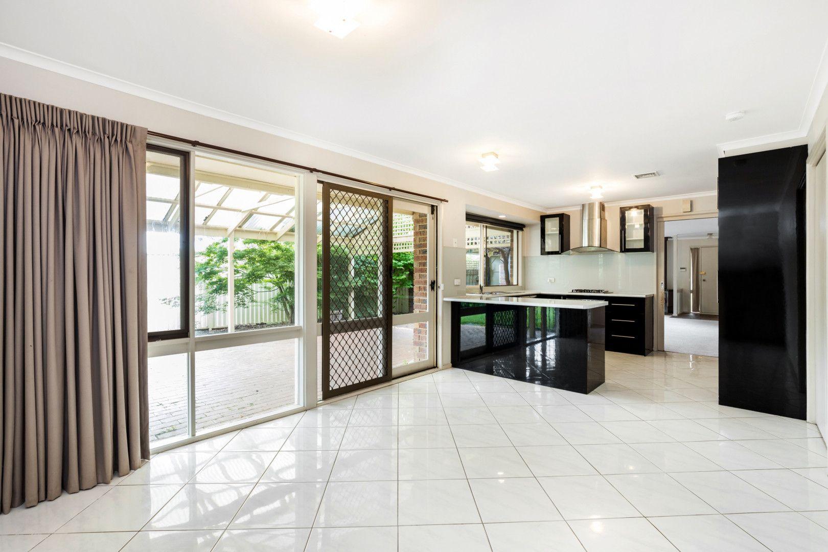 61 Rosemary Avenue, Croydon Hills VIC 3136, Image 1