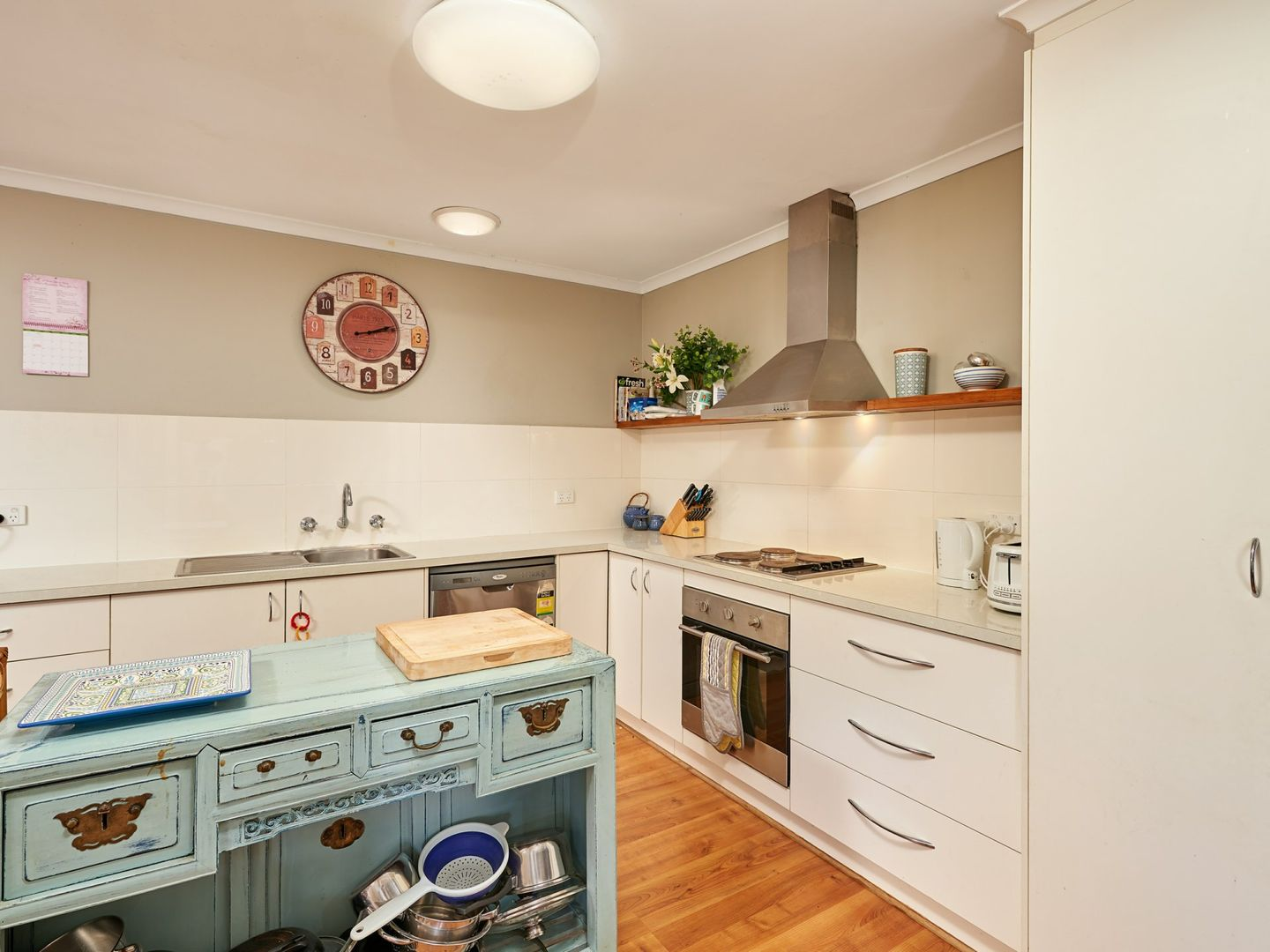 3 Finch Place, Mount Austin NSW 2650, Image 1
