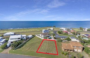 Picture of 20 Emperor Drive, Elliott Heads QLD 4670