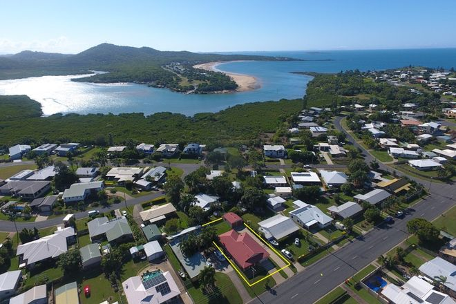 Picture of 38 Campwin Beach Road, CAMPWIN BEACH QLD 4737
