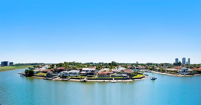 11009/5 Harbour Side Court, Biggera Waters QLD 4216, Image 0
