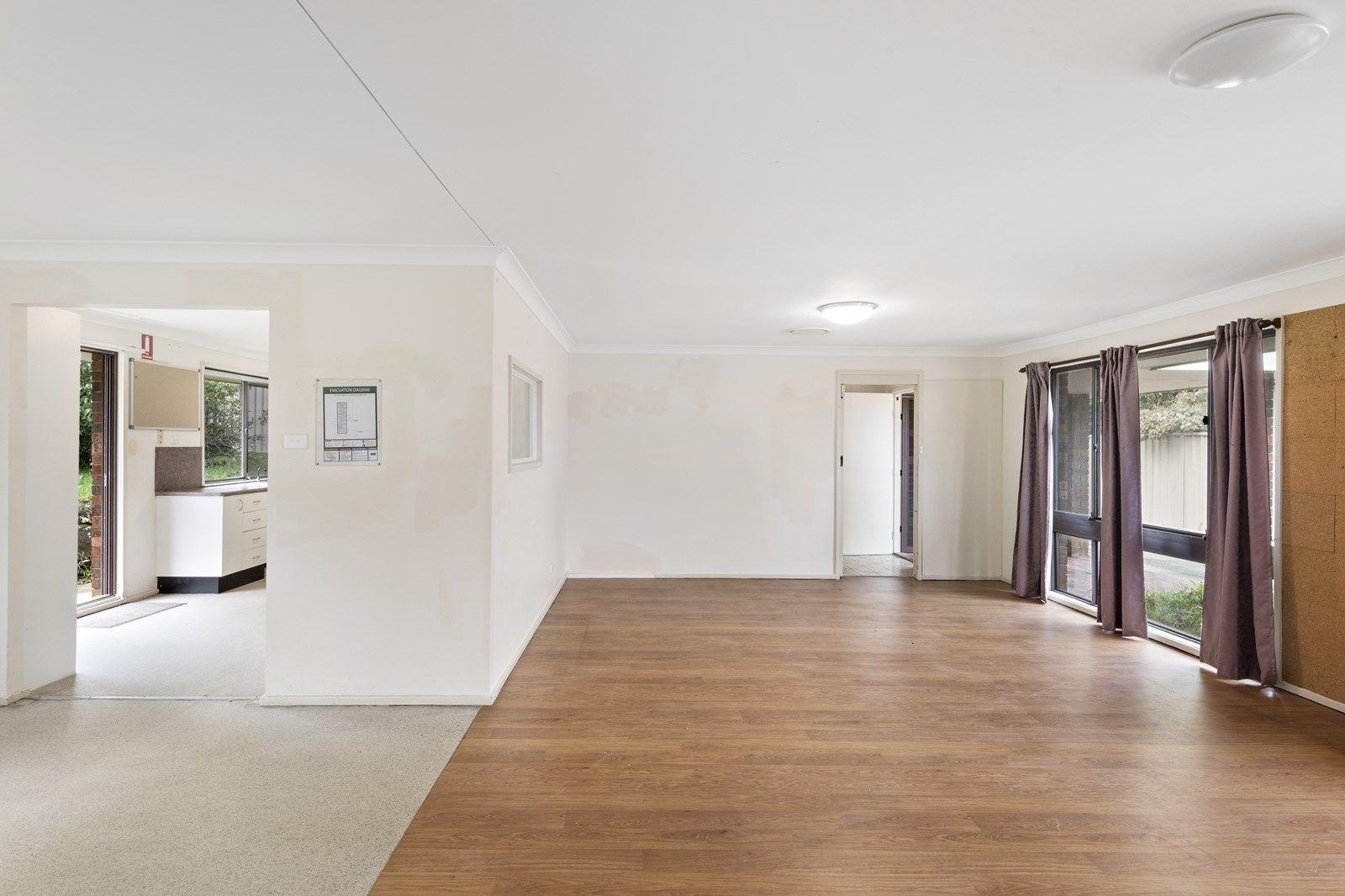 30 Heather Street, Wheeler Heights NSW 2097, Image 2