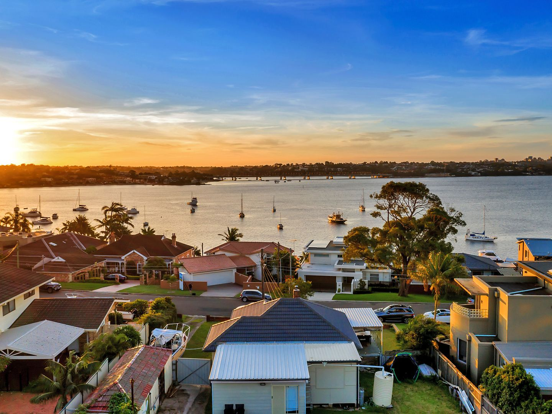 6 Holt Road, Taren Point NSW 2229, Image 0