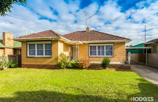 8 McCurdy Road, Herne Hill VIC 3218