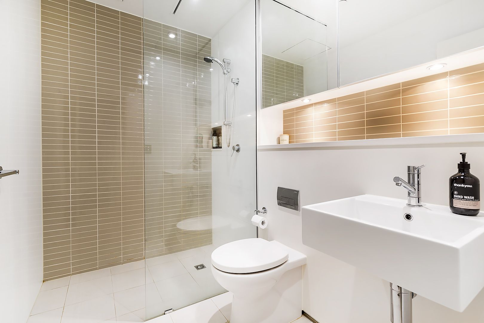 106/118 Alfred Street, Milsons Point NSW 2061, Image 2