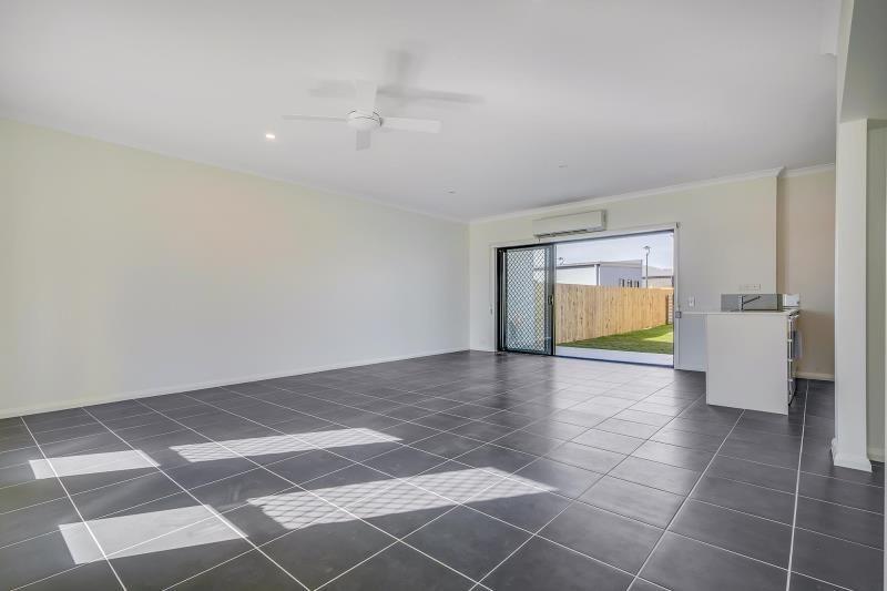 26 Napier Avenue, Mango Hill QLD 4509, Image 2