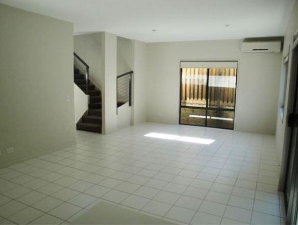 3/73-75 Benowa Road, Southport QLD 4215, Image 2