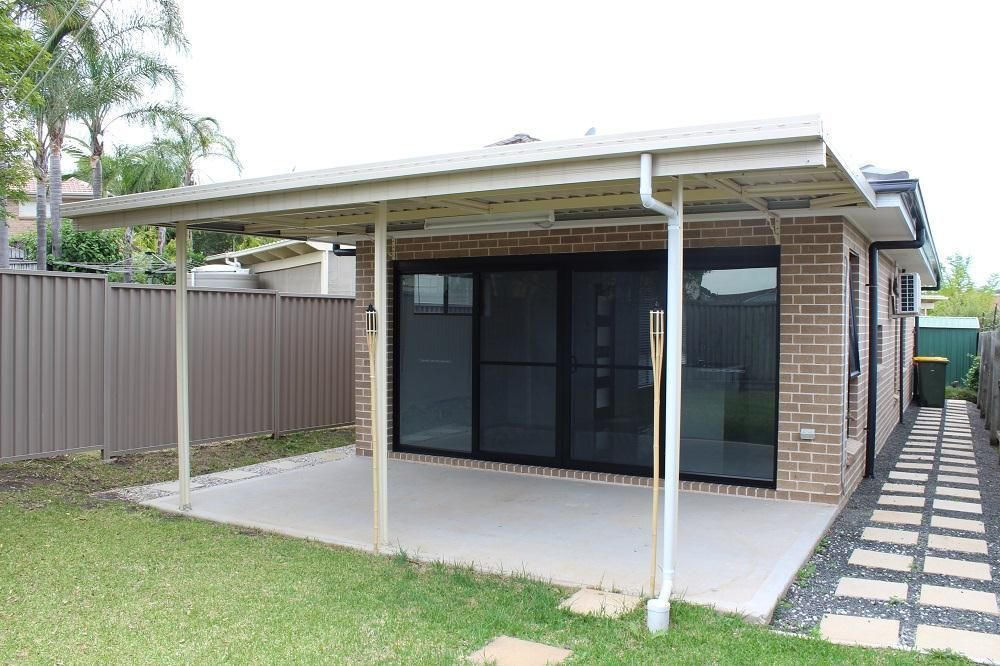 8A Montague Close, Green Valley NSW 2168, Image 0