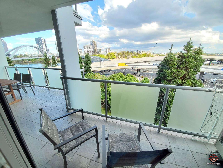 3 bedrooms Apartment / Unit / Flat in 1B03/92-100 Quay Street BRISBANE CITY QLD, 4000