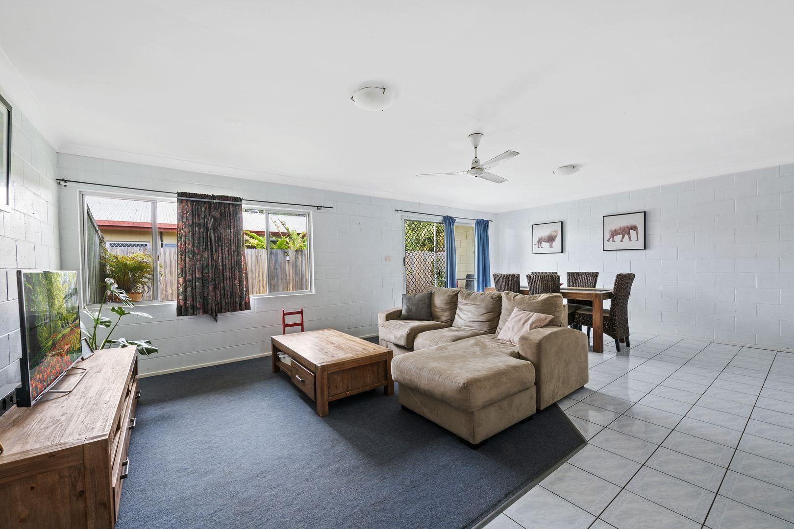 1/121 Coronation Avenue, Golden Beach QLD 4551, Image 1