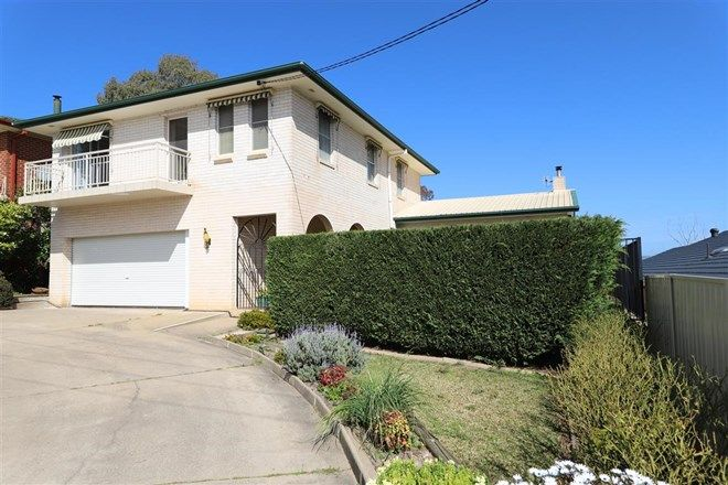 Picture of 9 Godfrey Street, TUMUT NSW 2720