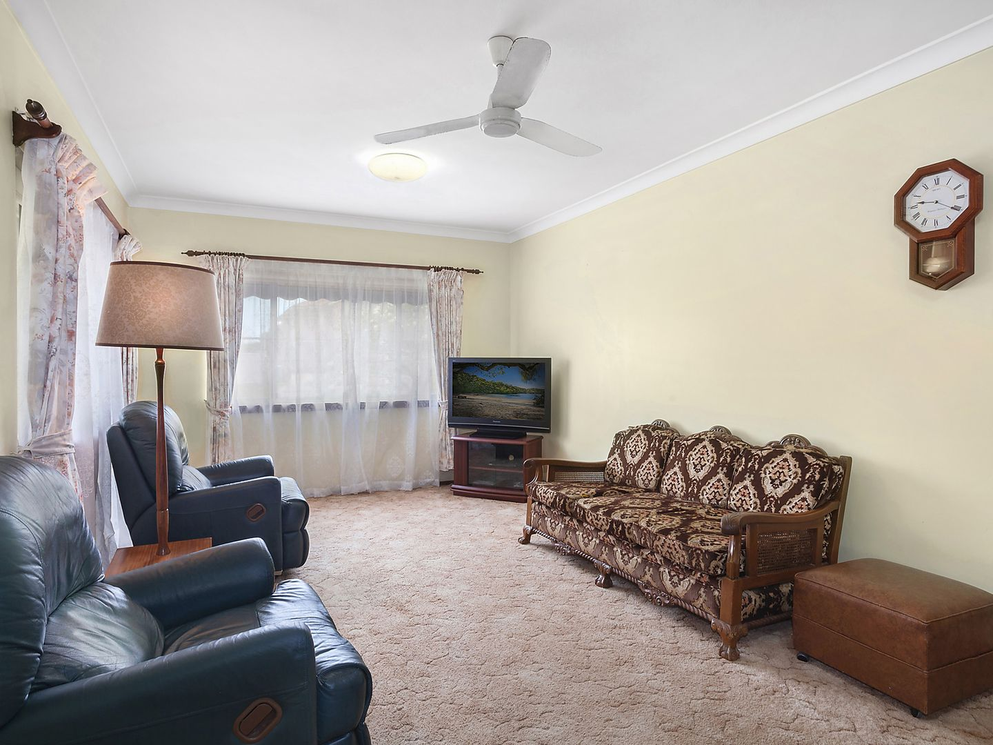 27 Boomerang Road, The Entrance NSW 2261, Image 2