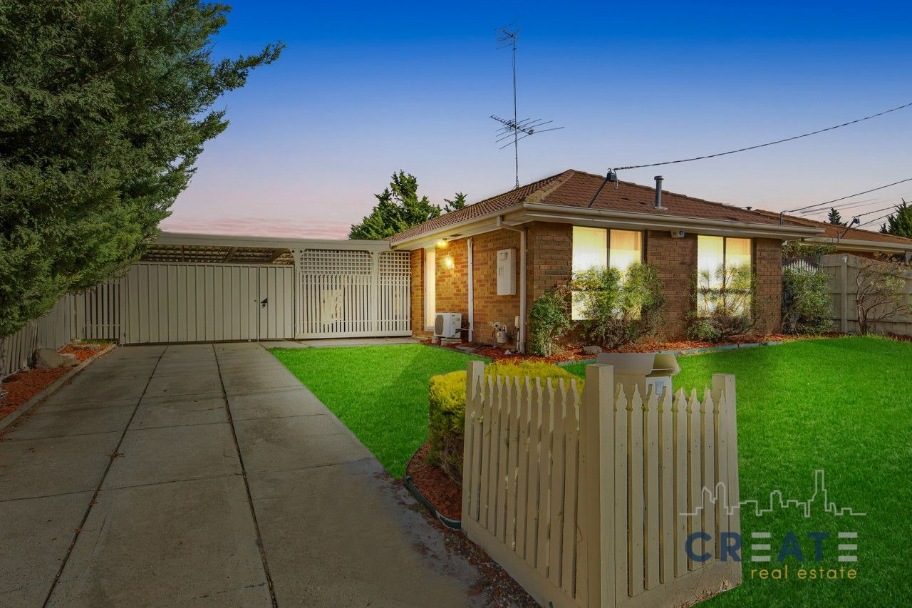 4 Kestrel Place, Werribee VIC 3030, Image 2