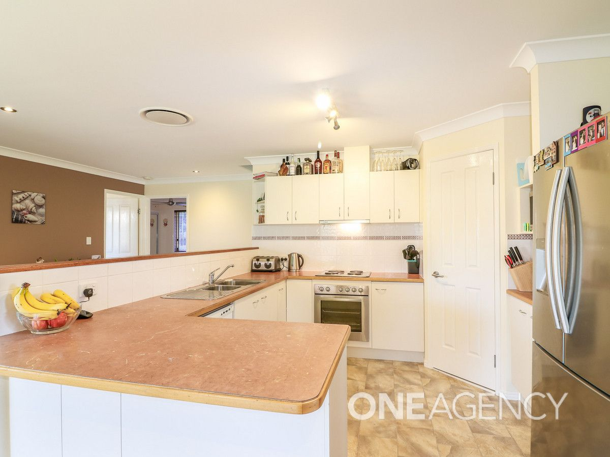 41 Olympic Court, Upper Caboolture QLD 4510, Image 2