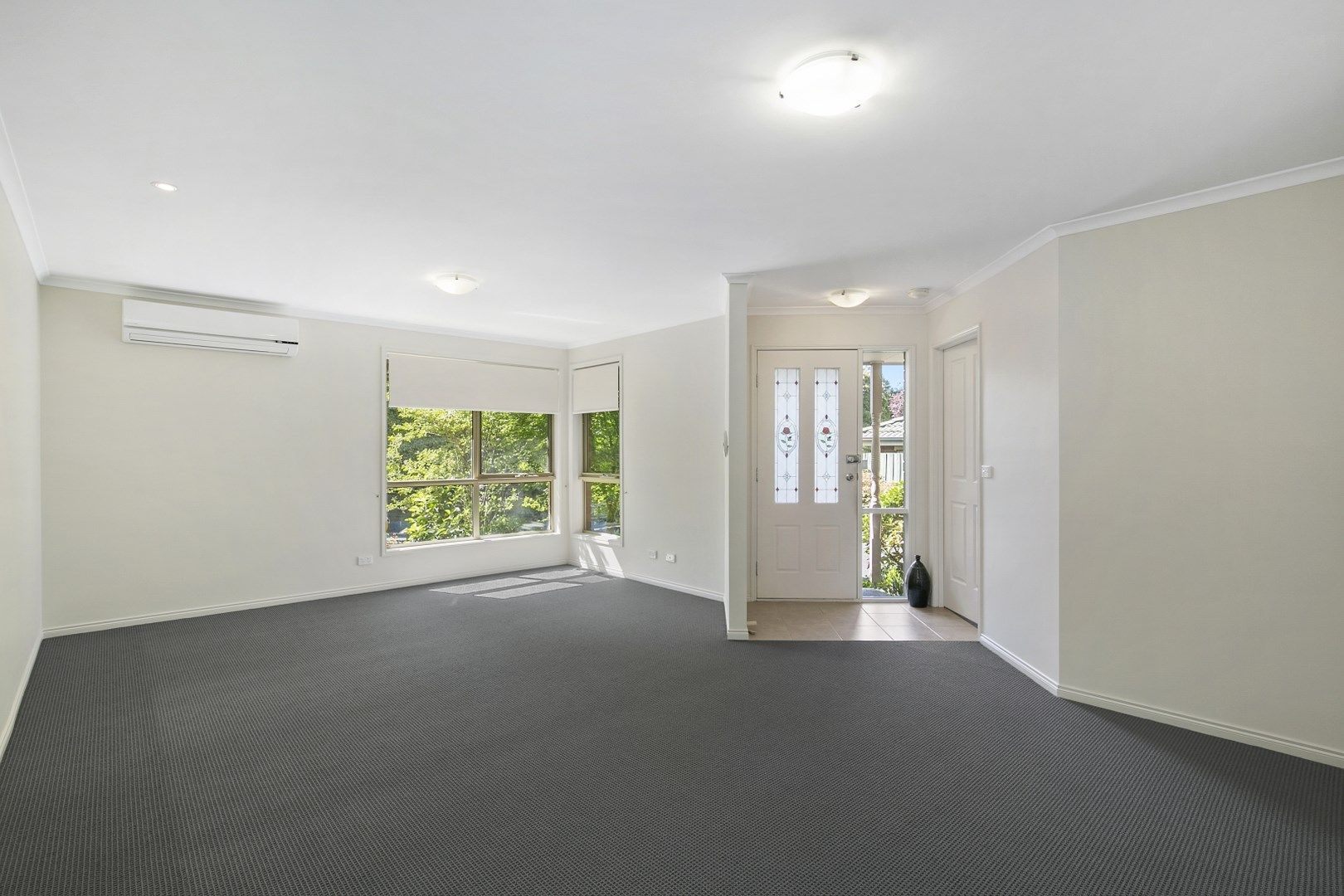 Unit 2, 29 Highland Crescent, Mooroolbark VIC 3138, Image 2