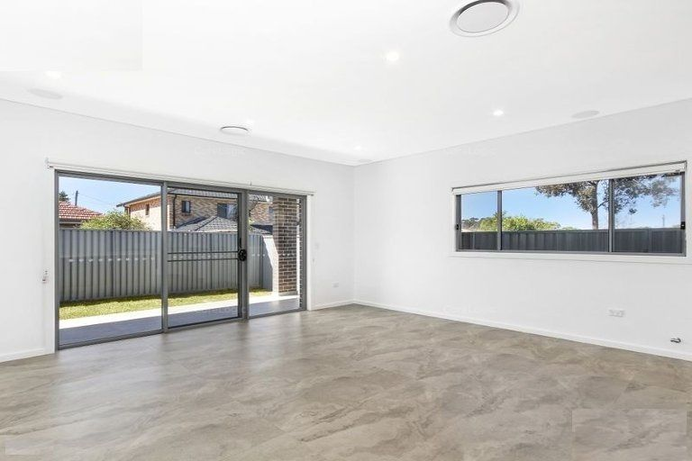 43 FOXLOW STREET, Canley Heights NSW 2166, Image 2