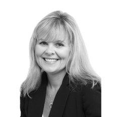 Tricia Kernahan, Sales representative