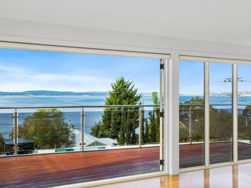 1/877 Sandy Bay Road, Sandy Bay TAS 7005, Image 2