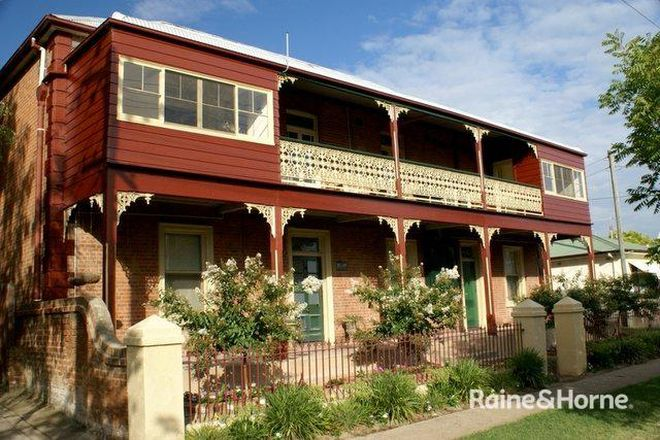Picture of 1/202 Durham, BATHURST NSW 2795