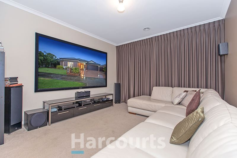14 Southern Bell Street, Officer VIC 3809, Image 2