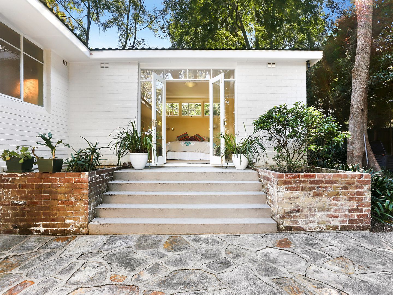 9 Rhonda Close, Wahroonga NSW 2076, Image 2