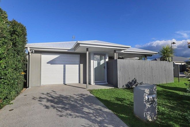 Picture of 1/27 Ochre Crescent, CALOUNDRA WEST QLD 4551