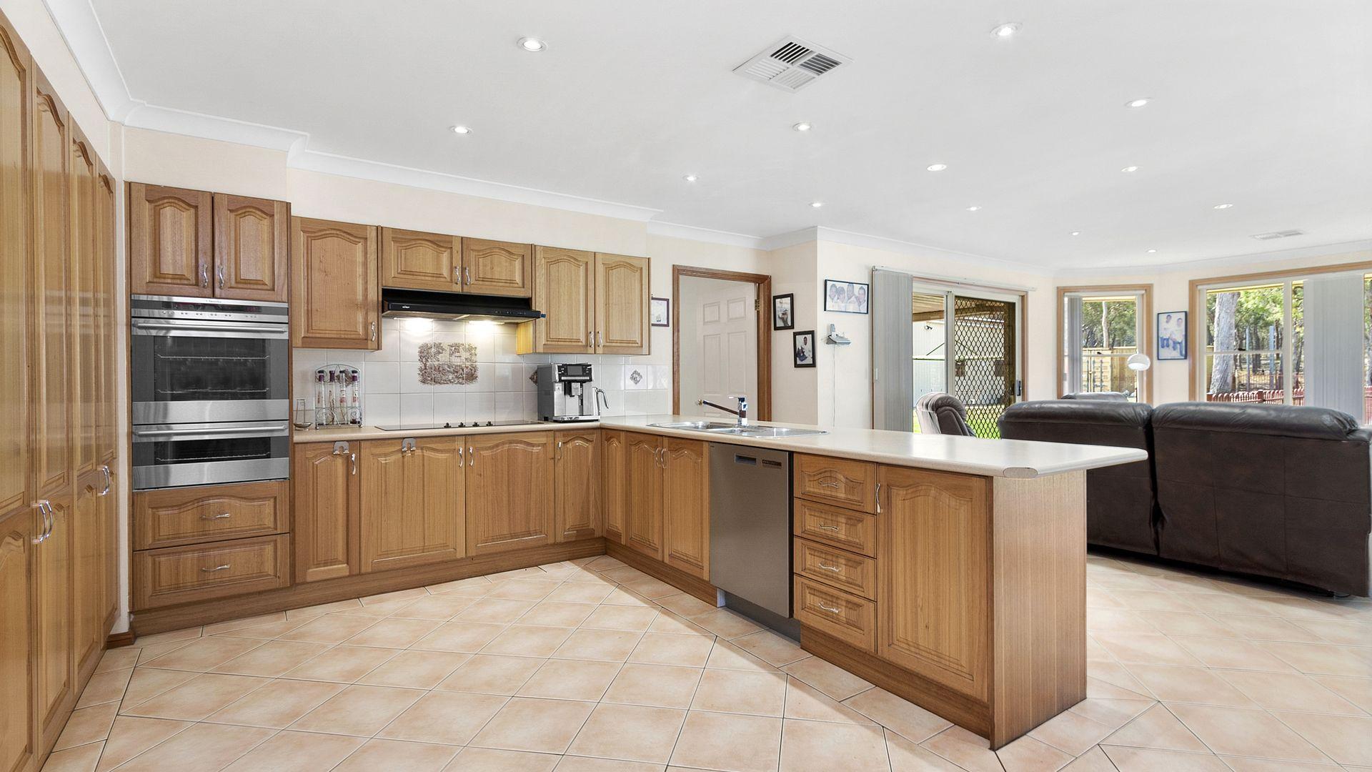 80 Cherrybrook Chase, Londonderry NSW 2753, Image 2