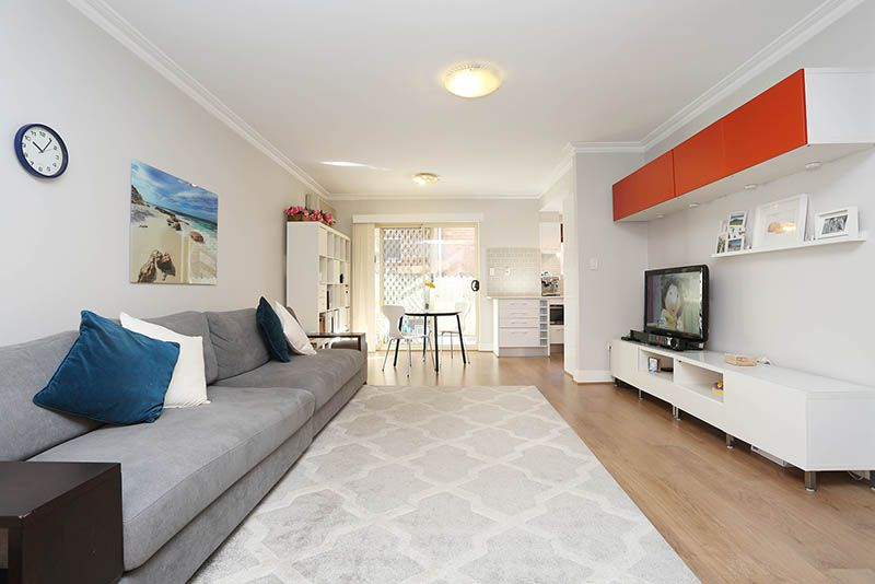 2/15a Wrights Road, Drummoyne NSW 2047, Image 2