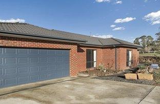 27 Mount Vista Close, New Gisborne VIC 3438