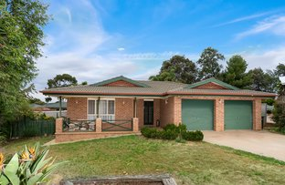 Picture of 4 Minya Place, Glenfield Park NSW 2650