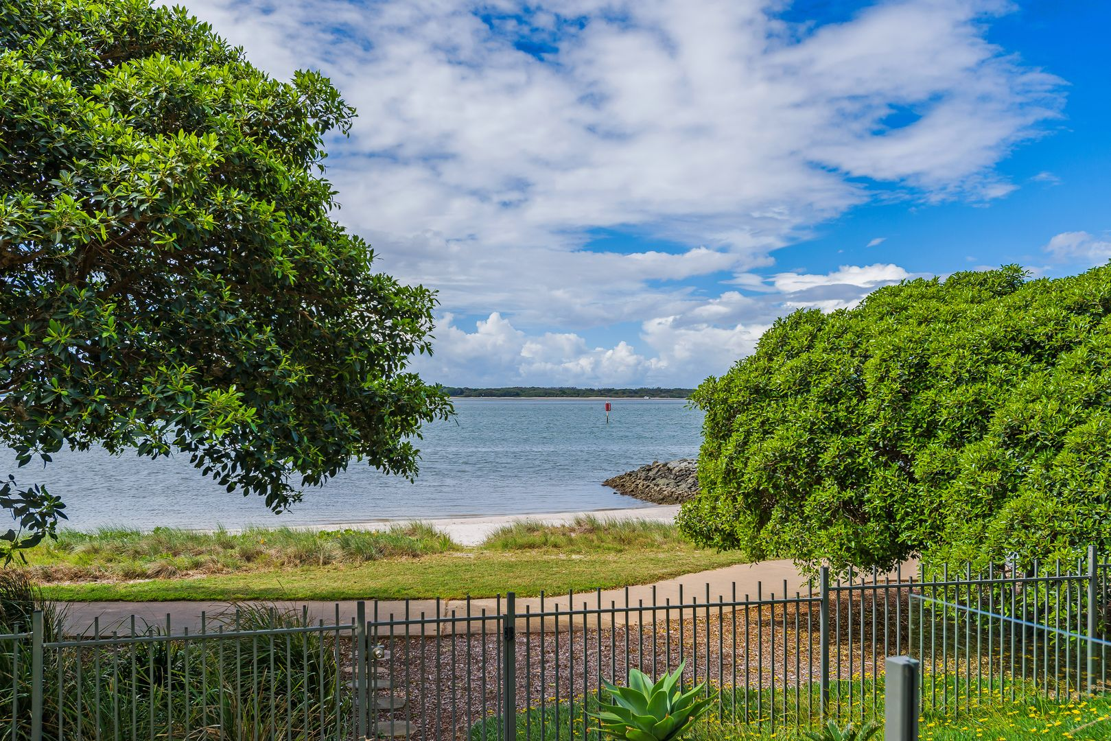 7106/323 Bayview Street, Hollywell QLD 4216, Image 1